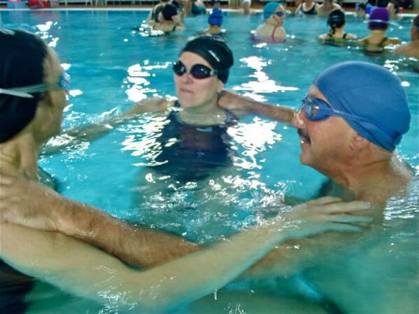 Session de cours de natation stage soirée en piscine
